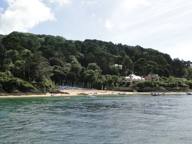 Boat Hire Salcombe From Saltwater Boat Hire